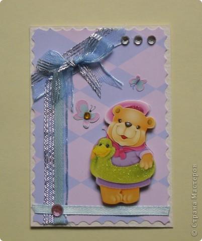 """Когда делала первую серию, накупила всяких ленточек, стразиков, цветочков. Да и медвежата были двух видов. Вот опять похожая серия """"Мишки-малышки"""" (девочки). фото 3"""