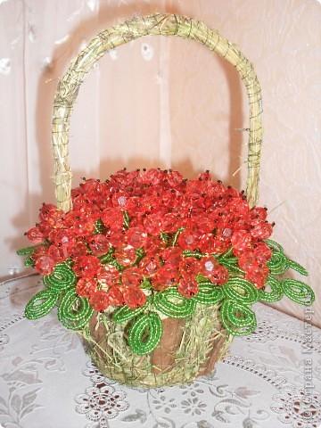корзинка здесь декорирована сухой травой и корой  дерева..прикольно так вышло) фото 1
