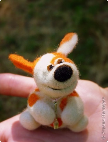 Мышонок Стёпка и его мишка. Мышонок Стёпка, большой любитель сыра и ценитель игрушек, никогда не расстаётся со своей любимой игрушкой:) фото 7