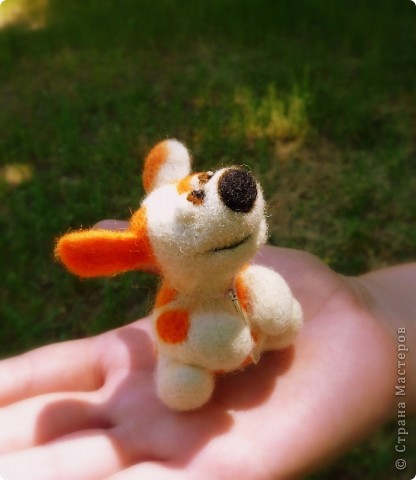 Мышонок Стёпка и его мишка. Мышонок Стёпка, большой любитель сыра и ценитель игрушек, никогда не расстаётся со своей любимой игрушкой:) фото 9