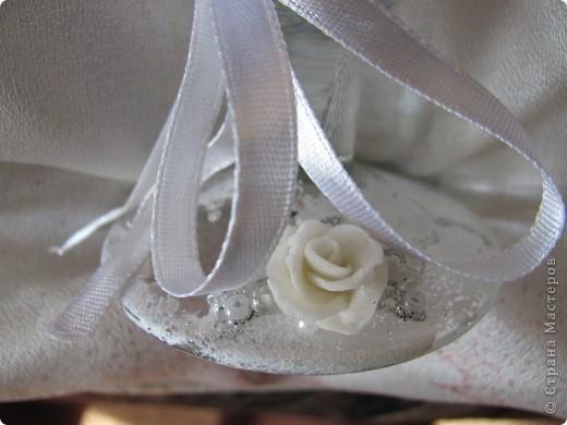 На сайте столько свадебной красоты, что просто не возможно пройти мимо и не попробовать сделать что-нибудь самой. Вот и я попробовала сделать бокалы. фото 2