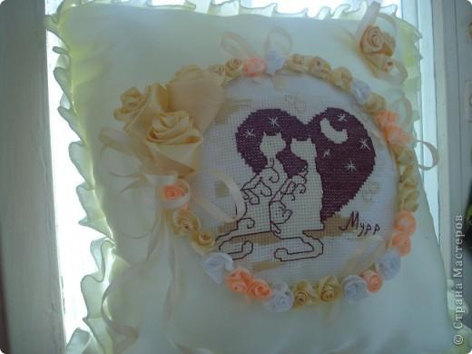 Такая вот подушечка получилась к юбилею свадьбы родителей. фото 3