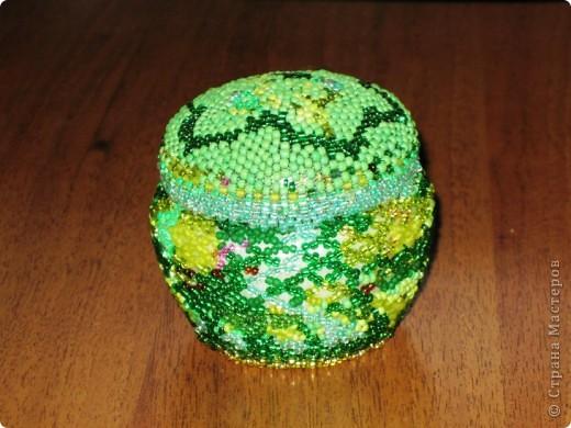 Вот такую баночку-шкатулочку я сотворила, насмотревшись на произведения Светланы 79 http://stranamasterov.ru/user/48727 фото 1