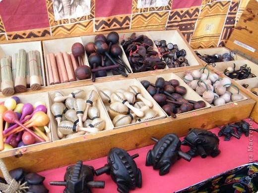 Африка-фестиваль 2011. Часть 3. Ткани, сумки, обувь, барабаны фото 40