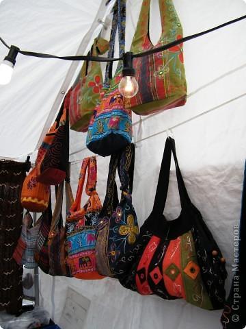 Африка-фестиваль 2011. Часть 3. Ткани, сумки, обувь, барабаны фото 13