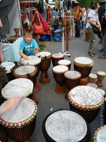 Африка-фестиваль 2011. Часть 3. Ткани, сумки, обувь, барабаны фото 53