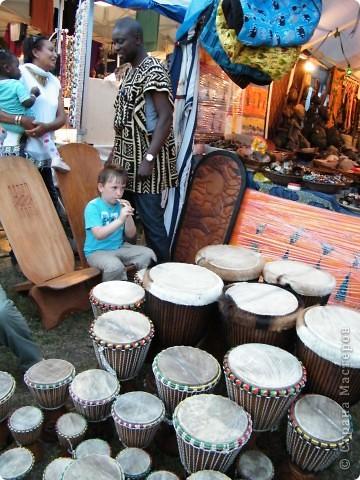 Африка-фестиваль 2011. Часть 3. Ткани, сумки, обувь, барабаны фото 52