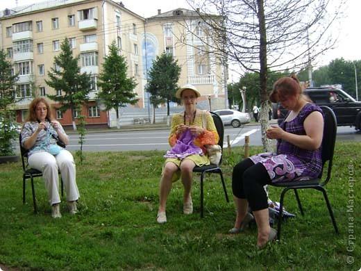 Всемирный день вязания на публике проходит во вторую субботу июня. фото 1