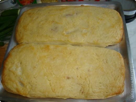 Это ещё одно из любимых моих блюд картофельный рулет с мясом. Для его приготовления необходимо отварить мясо (говядина), отварить картофель и пожарить лук. фото 10