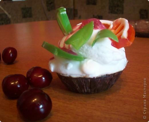Вдохновилась и я на пироженку, чувствовала себя настоящим кулинаром, аромат  шоколада, апельсина, лимона, мяты, и ириски!  фото 1