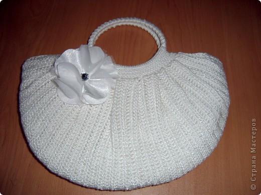 Наконец-то я доделала свой мешочек-сумочку.  Делала по МК Елены: http://stranamasterov.ru/node/82100  За который огромное спасибо! Лежала связанная еще с прошлого года. Но поскольку она у меня летняя, то доделать ее только сейчас руки дошли.  фото 8