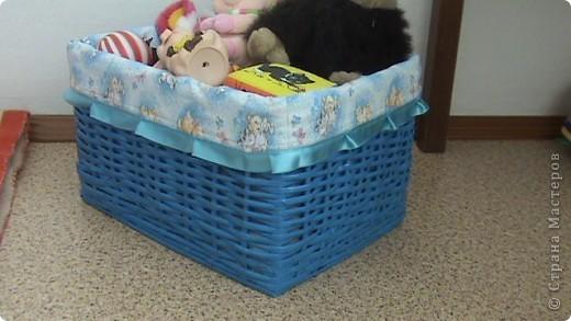 Нужна была коробка под игрушки а, газет очень много. Спасибо всем кто это придумал фото 2