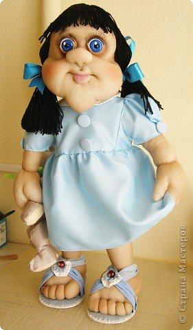 Кукла Катя, скромная и застенчивая девчушка)