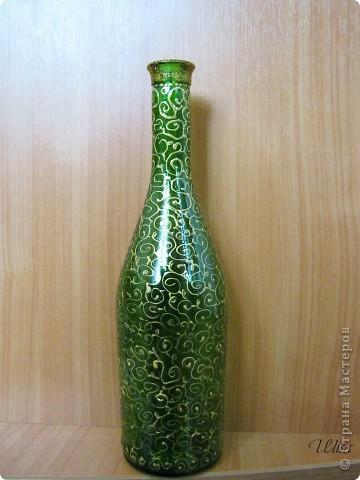 Бутылка - подарок мужу, росписана витражными красками. фото 5