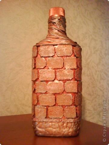 бутылку отмыть от этикеток, обезжирить, наклеить фото, сверху приклеить рамочку по краю фото фото 21