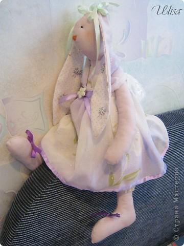 "Заюшка ""Патрисия"". Сшита из бязи , платье из шифона, подштанники из шёлка, наряд украшен лентами и гипюром. фото 4"