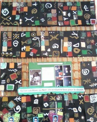 Работы детей (3-4 классы) на манер известных марокканских художников. В середине панно или чуть по ниже находится фото художника и его работы, а вокруг работы детей на манер этого художника. Получилось очень интересно, под час казалось, что некоторые работы детей превосходили работы самих художников.   Художник: Mohamed Hamri  (Мохамед Хамри) фото 4