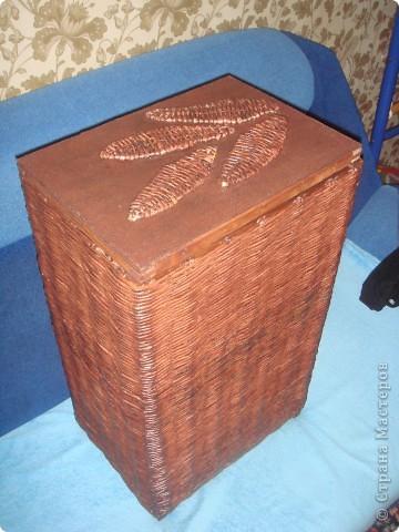 оплетала деревянный каркас из под старой корзины для белья фото 1