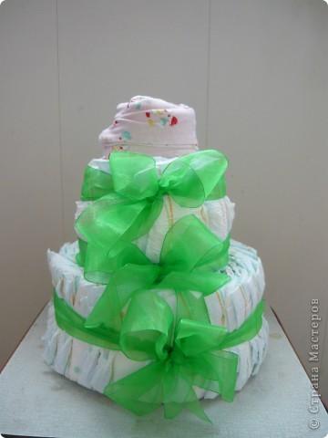 Торт из памперсов. Проба пера  фото 1