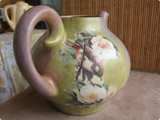 Чайнике! Неделю назад на даче обнаружила неопознанный объект - чайничек. Коричневого цвета, в общем, продукт социалистического труда, без крышки. фото 5