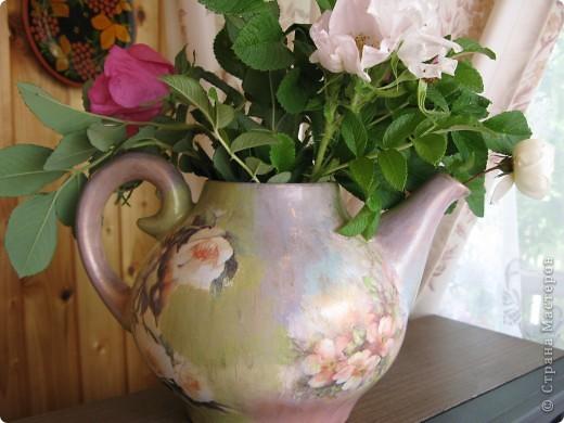 Чайнике! Неделю назад на даче обнаружила неопознанный объект - чайничек. Коричневого цвета, в общем, продукт социалистического труда, без крышки. фото 8
