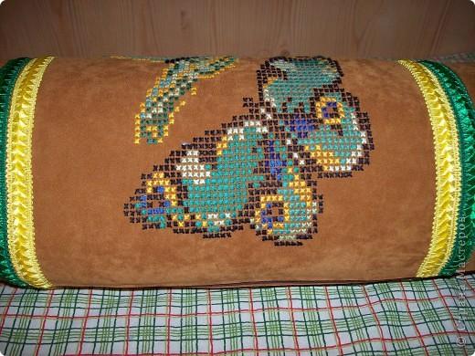 диванная подушка для дочери (с одной стороны) фото 1