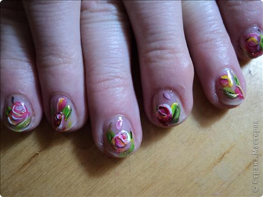 Хотелось показать новые работы с росписью ногтей. На ноготках сложнее рисовать из-за того, что площадь маленькая, особенно на натуральных. фото 3