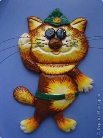 Котик пока еще без рамки...на стуле стоит) фото 2