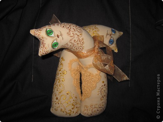 Котики сшиты в подарок человеку, который очень неравнодушен к котам любой породы. фото 1