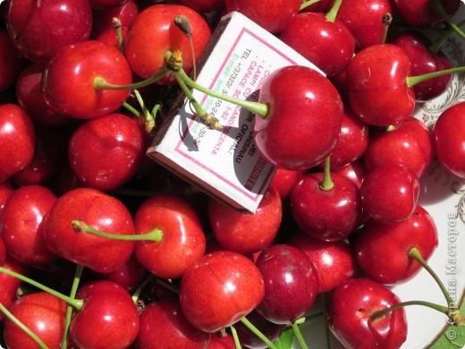 Во саду ли,в огороде, выросла черешня . фото 1