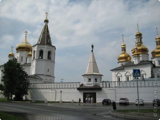 А теперь приглашаю вас посмотреть Свято-Троицкий мужской монастырь. фото 4