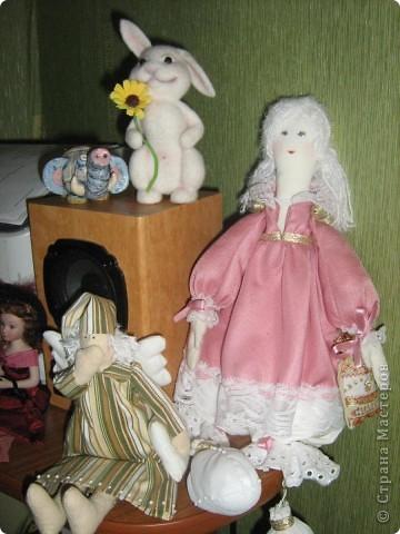 Моя первая текстильная куколка))) Не последняя)))) Оказывается шить кукол - это безумно интересно и увлекательно! Рост 40 см, сидя 33 см. фото 3