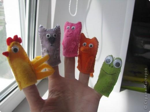 Ну а это пальчиковый театр из флиса для сынульки моего. Ему нравится одевать их на свои малюсинькие пальчики :) Ему вот вот исполнится 2 года :)  фото 8