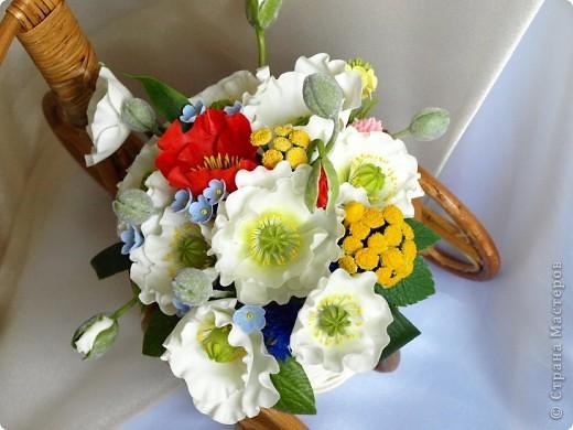 С трудом удалось в этот раз разместить свою работу... никак не грузились фото, но вот после долгих усилий вроде удалось и я педставляю Вашему вниманию мою новую работу) Это полевой букет с белыми маками, пижмой (спасибо ЕМ за идею) незабудками и другими цветочками фото 8