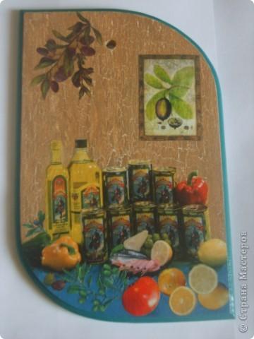 досочка делалась в подарок учительнице, использовала распечатку, дорисовка акварельными красками, лак фото 2