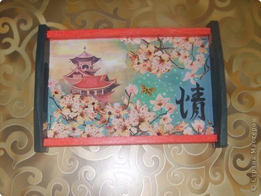 досочка делалась в подарок учительнице, использовала распечатку, дорисовка акварельными красками, лак фото 5