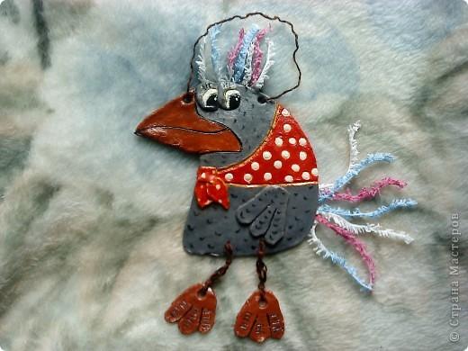Вот такая ворона-красавица( моя первая работа из соленого теста),автор идеи не я, я просто сделала ее по -своему.