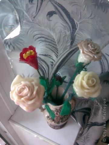 Всем мастерицам привет!!!Вот и закончила я лепить свои розы,мне очень хотелось чтобы они получились больше,чем первые.Это мне удалось,но только все три розы получились разные))) фото 5