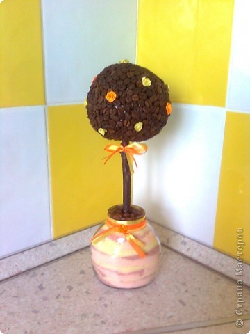 Дерево кофейное - обычное, горшок - баночка с насыпушками, декор - ленты и розы из лент фото 1