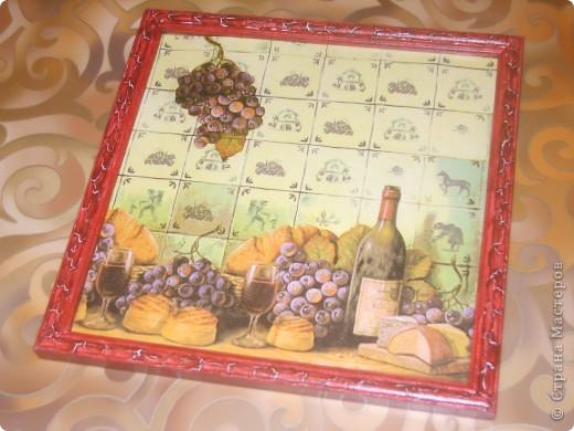 заготовка из дерева куплена на рынке, использовала: салфетка, декоративная божья коровка, двушаговый кракелюр, затертый голубыми тенями, сделана в подарок как магнит на холодильник фото 5