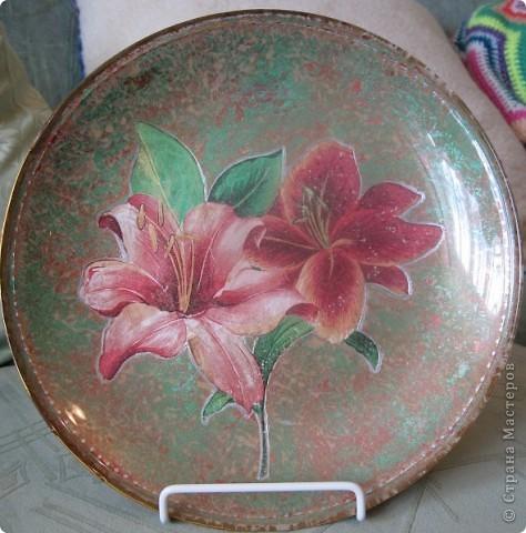 Эта тарелка была сделана в преддверии Нового года. Получились вот такие очень милые зайки.  фото 3