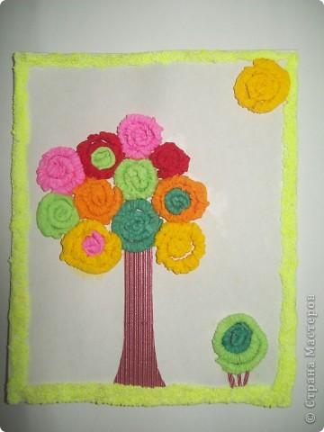 """Все эти поделки я сделала по замечательной книге <a href=""""/litera/trees.html"""">Т.Н.Просняковой """"Деревья""""</a>. Большинство техник я делала первый раз. Первая поделка-Маленький оазис. Салфеточный квиллинг.Фон распечатан на принтере. фото 3"""