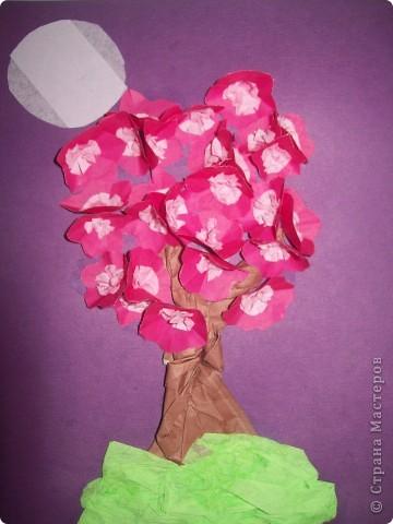 """Все эти поделки я сделала по замечательной книге <a href=""""/litera/trees.html"""">Т.Н.Просняковой """"Деревья""""</a>. Большинство техник я делала первый раз. Первая поделка-Маленький оазис. Салфеточный квиллинг.Фон распечатан на принтере. фото 4"""