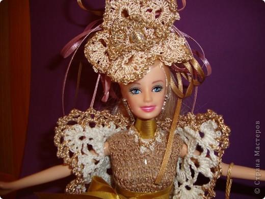 Эту куклу при продаже звали Барби. Однако, после того, как я сделала ей подобный наряд, сын назвал ее Людмилой.  фото 3