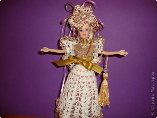 Эту куклу при продаже звали Барби. Однако, после того, как я сделала ей подобный наряд, сын назвал ее Людмилой.  фото 2
