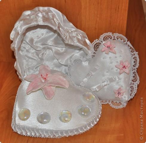 свадебная коробочка с подушечкой для колец фото 1