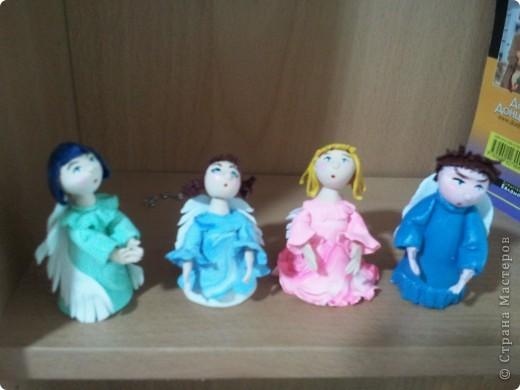 Мое занятие лепкой началось с работы с запекаемой глиной. И первоначально я увлекалась только ангелочками. Эти крошки подарены. фото 1