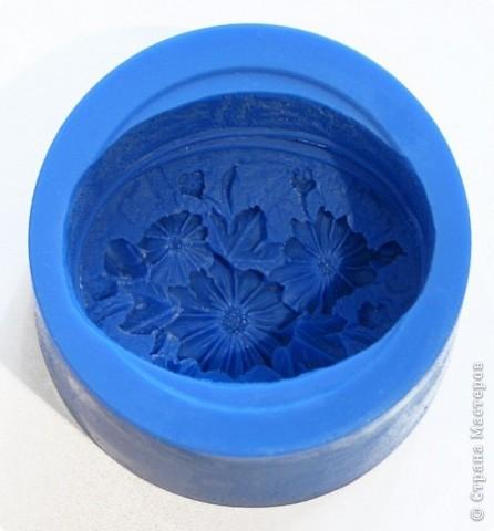 """Последнее время очень увлеклась не просто мылом, а именно отливкой оригинальных форм для мыла. Изготавливаю для себя, подруг и знакомых и также под заказ! 3D форма """"Цветок орхидеи"""". Вес мылка 70 грамм. фото 8"""