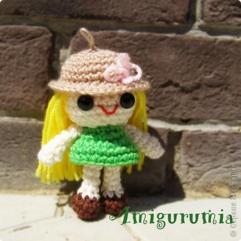 Амигуруми - брелок куколка Алиса