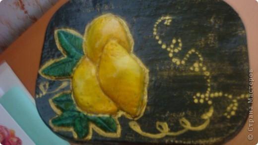 Была обычная железная банка. Сделала вот такую, с лимончиками. фото 3